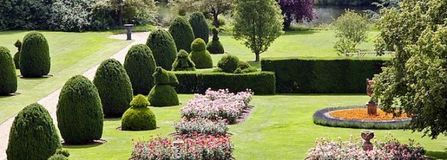 R&R - Burghley House - Gardens 1