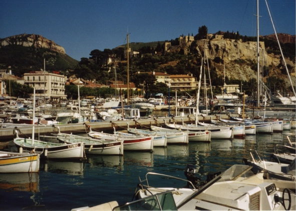 Marguerite Kaye interview - Cassis - who wouldn't want to live there.JPG