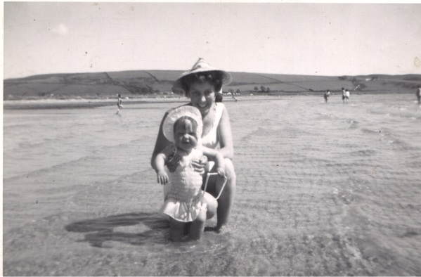 Marguerite Kaye Interview - Scalpsie Bay, Ilse of Bute, with my mum