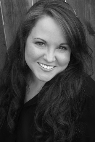 Elisa Braden Interview -Author Photo
